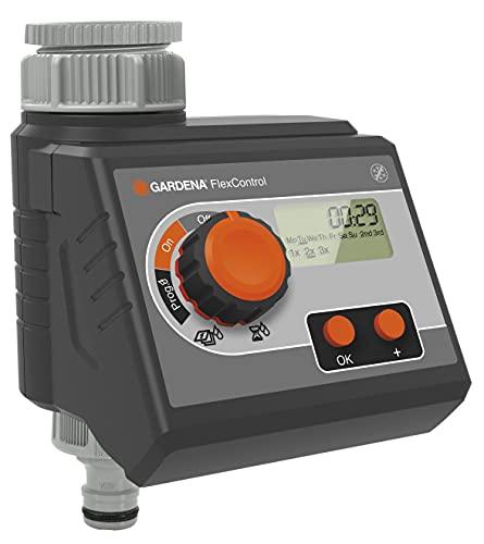 Programador de riego FlexControl de GARDENA: control automático del riego por día de la semana o cada 2, 3 o 7 días, hasta tres riegos al día, pantalla LCD (1883-20)