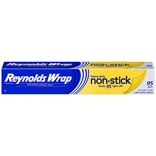 Reynolds Wrap Non-Stick Aluminum Foil, 95 Square Feet