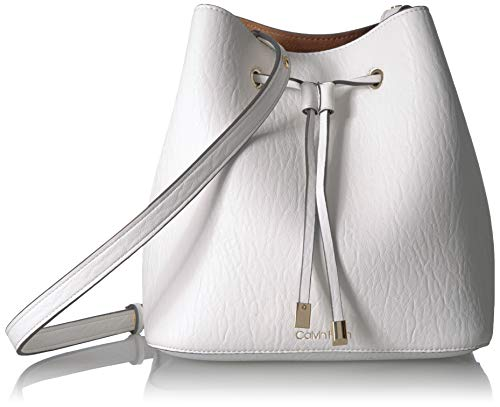 Pockets: 1 slip, 1 zip