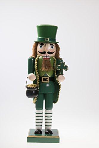 """Clever Creations Irischer Nussknacker mit einem Topf Gold & Kleeblatt - Festliche Weihnachtsdeko - Holz - Grün & Goldfarben - 14"""" (35,6 cm)"""