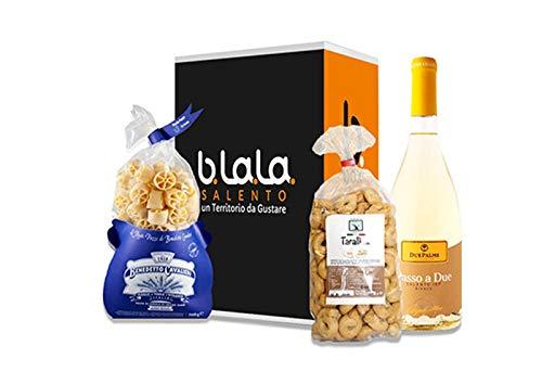 Blala Box Torre di Roca Vecchia - Cesto regalo prodotti Salentini - 3 pezzi - Pasta Ruote Pazze Benedetto Cavalieri, Vino Bianco Passo a Due Cantine due Palme, Tarallini all'olio Agricola Taurino.