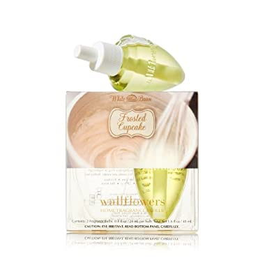 Bath and Body Works Frosted Cupcake Wallflowers Home Fragrance Refills (Box of 2 bulbs)