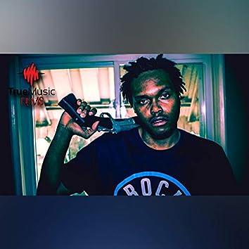 Homicide (feat. Lexi Banks)