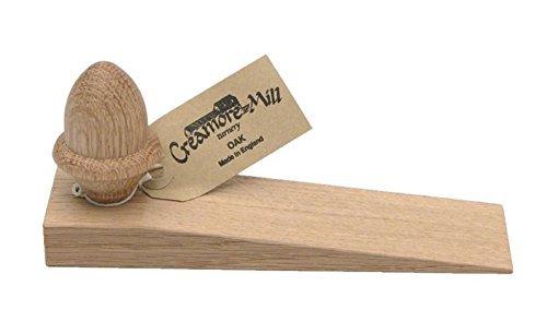 Cuña para puerta de roble con pomo de bellota marca Creamore Mill