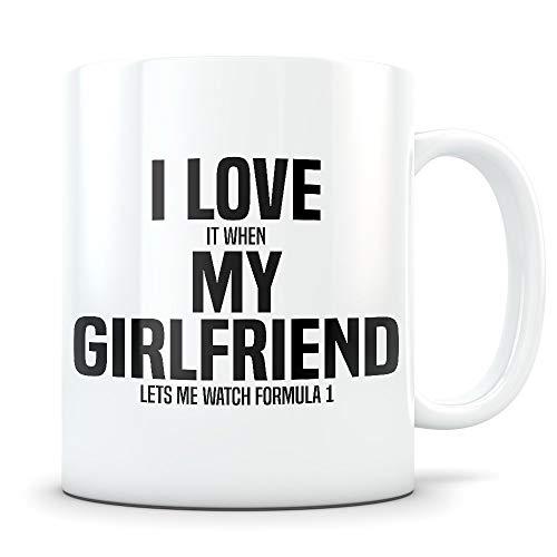 Cukudy Formel 1 Geschenk für Freund Lustige Formel 1 Tasse für Männer in einer Beziehung Gag Kaffeetasse für Rennwagen-Enthusiasten Best BF I Love My Girlfriend Geschenkidee für Ihn