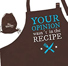 Bartme - BBQ Chef Grilling Cooking Funny Apron - Men Women - Adjustable - 2 Pockets - Attitude Men Aprons - Your Opinion WASN´t in The Recipe - Wrapped in a Gift Backpack