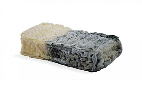 formaggio francese a latte crudo di capra BRIQUETTE DU NORD 200 g CIRCA Nord-Passo di Calais - Forma da 200 g - stag. 15 giorni. E' un formaggio francese a latte crudo di capra dall'aspetto originale, il suo colore a scacchi scuro ricorda il mattonci...