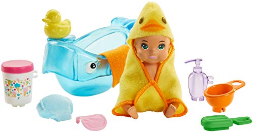 ?Barbie Skipper Babysitters Inc. Feeding and Bath-Time Playset with Color-Change Baby Doll, Bathtub, Popsicle Sponge and Bath-Time Accessories Including Duck-Shaped Towel