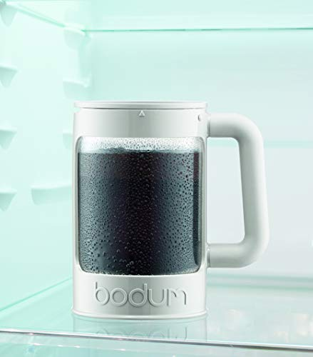 Bodum Bean Cold Brew Coffee Maker, Press, Plastic, 1.5 Liter, 51 Ounce, Black 2 Innovative locking lid system keeps your coffee hot and helps prevent spills Includes two lids; one for the fridge overnight, and one with plunger No paper filters required, means more flavor without any waste