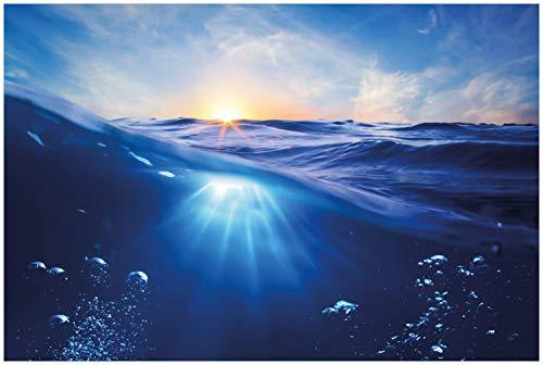 Wallario Glasbild Wellen im Meer bei Sonnenuntergang - 60 x 90 cm in Premium-Qualität: Brillante Farben, freischwebende Optik