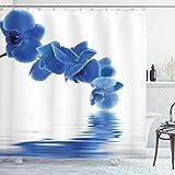 ABAKUHAUS Blau Duschvorhang, Orchidee Zen Bridal, mit 12 Ringe Set Wasserdicht Stielvoll Modern Farbfest & Schimmel Resistent, 175x180 cm, Violettblau Weiß