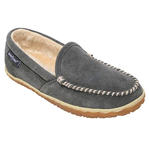 Minnetonka Women's Tempe Suede Indoor and Outdoor Slippers 9 M Grey