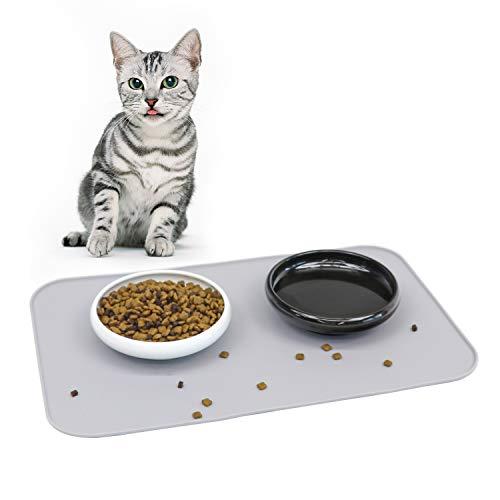 ComSaf Keramik Katzennapf Schwarz und Weiß 2er-Set, Futternäpfe für Katzen mit Silikonunterlage, Tierschüssel mit Silikonmatte, Abwaschbar und rutschfest