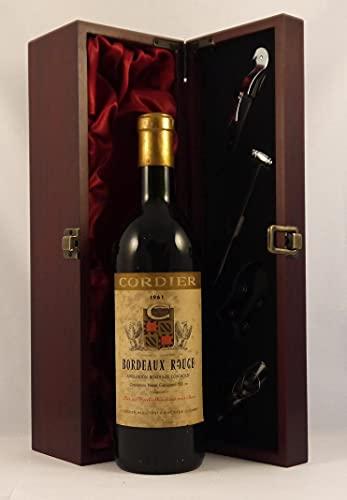 Bordeaux Rouge 1961 Cordier en una caja de regalo forrada de seda con cuatro accesorios de vino, 1 x 750ml