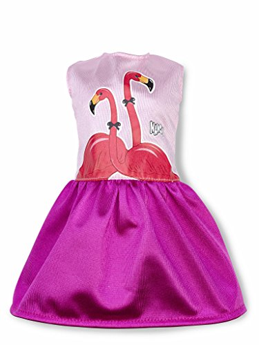 Nancy - Un Día con Ropita de Verano, vestido flamingos (Famosa 700014111)