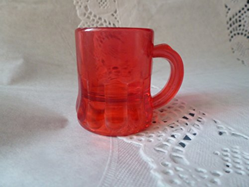 Better Plastics 100 pack Small Mini RED Mugs Cups Party, Decoration, Prizes