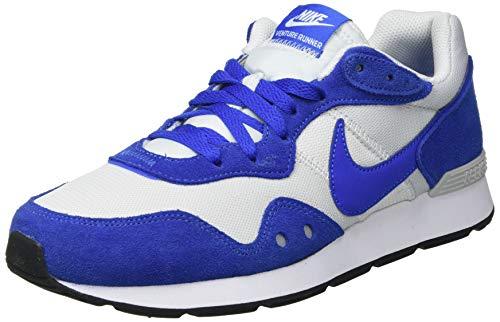 Nike Venture Runner, Zapatillas para Correr Hombre, Photon Dust Game Royal White Black, 42.5 EU