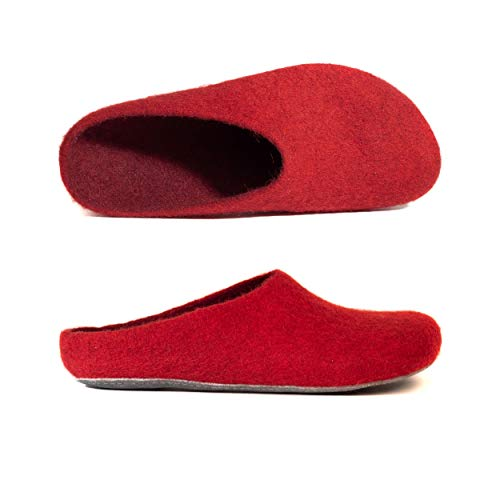 MagicFelt Filz Hausschuhe AP 701 aus Reiner Wolle - Unisex-Erwachsene - Weiche Sohle - in Rot (Rubin 4823), 42 EU (8 Erwachsene UK)