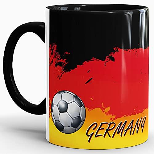 Deutschland-Tasse passend zur WM oder EM mit Fussball - Innen und Henkel Schwarz/Länderfarbe/Weltmeisterschaft/Flagge/Fahne/Cup/Mug/Qualität Made in Germany
