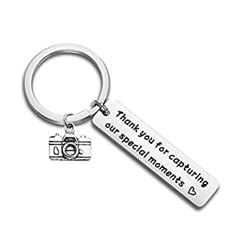 bobauna Thank You for Capturing Our Special Moments Camera Keychain Wedding Gift for Photographer Videographer  Capture Special Moments Keychain
