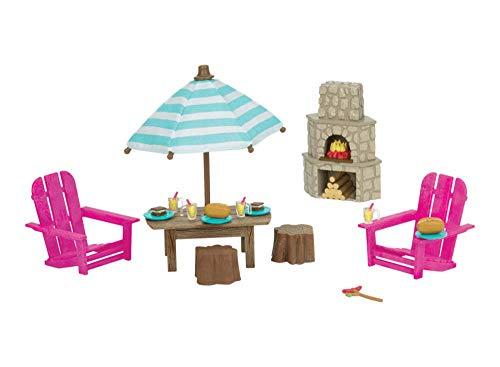 Li'l Woodzeez 6170Z Pl Li'l Woodzeez - Outdoor Patio 23-teiliges Set mit Kamin, Möbel und Lebensmittelzubehör - Miniaturspielzeug und Spielsets für Kinder ab 3 Jahren, Multi