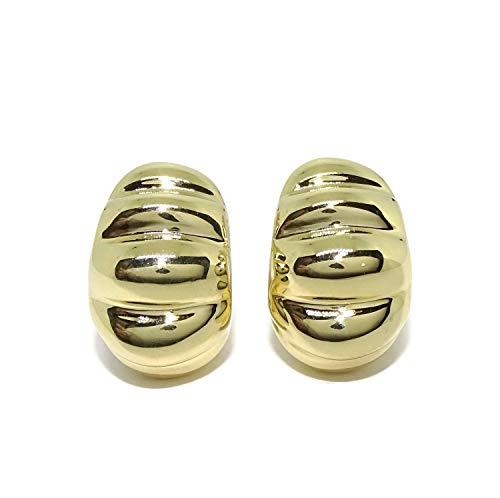 Preciosos y originales pendientes para mujer de oro amarillo de 18k con cierre omega. 2.00cm de altos por 1.30cm de anchos Peso; 6.30gr de oro de 18k