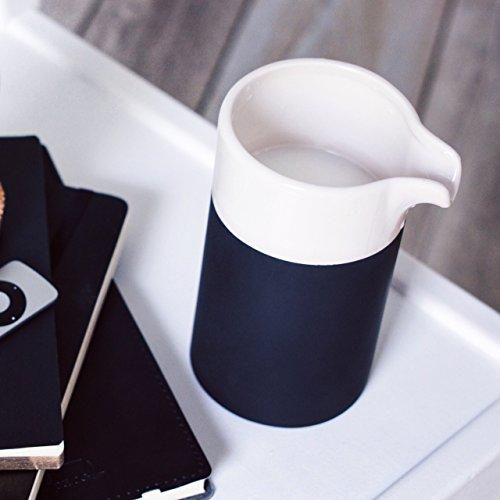 Magisso Selbst abkühlende Minikaraffe 0,4 L, Keramik, schwarz/weiß, 9.7 x 8 x 14.2 cm