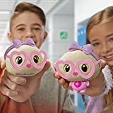 CAN YOU RESIST THE SQUISH?! Squeeze Dee's cheeks, watch her body pop out and bring her personality to life! Designed with little ones' hands in mind, she's small enough to fit in your palms so you can squeeze for days on end! DEE, YOUR NEW BFF. Squee...