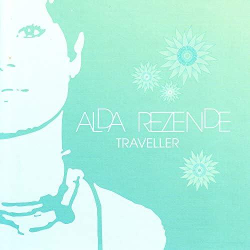 Alda Rezende