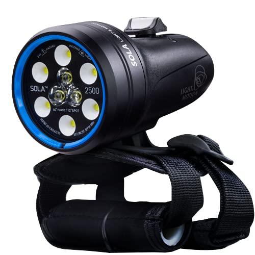 Light & Motion Sola Dive 2500 S/F, die vielseitigste Unterwasser-Lösung, die es gibt. Ultrakompaktes Tauchlicht mit bewährter Leistung und Zuverlässigkeit.
