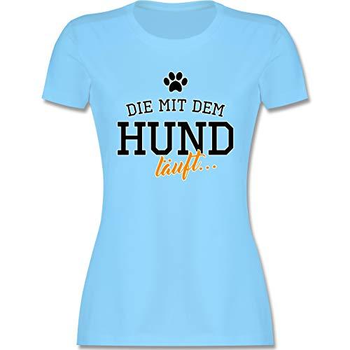 Hunde - Die mit dem Hund läuft - XL - Hellblau - Hunde t-Shirt Damen - L191 - Tailliertes Tshirt für Damen und Frauen T-Shirt