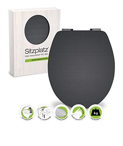 SITZPLATZ® WC-Sitz mit Absenkautomatik, Dekor Carbon, High Gloss Toilettensitz mit Holz-Kern & Schnellbefestigung, Standard O Form universal, Metallscharniere, Toilettendeckel glänzend, 40282 8