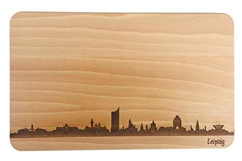SNEG Brotzeitbrett Leipzig Skyline | Frühstücksbrettchen aus Buche | Holz Schneidbrett | Geschenk mit Gravur | Frühstücksbrett | Sachsen (Standard (22x14x1cm), 1. ohne persönlicher Gravur)
