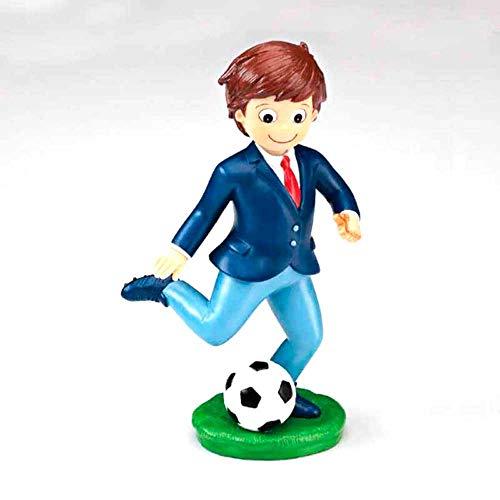 Figura de tarta para Primera Comunión, niño con chaqueta y balón de fútbol.