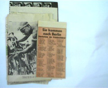 alte seltene DDR - Zeitungssammlung zum Thema Friedensfahrt 1963: ca. 19 alte und seltene Zeitungsseiten, Ausschnitte aus verschiedenen DDR-Zeitungen: