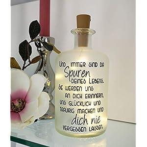 AScreativ Dekoflasche mit Beleuchtung – Spuren nie vergessen LED Leuchte Leuchtflasche Bottlelight Lichterkette Geschenk…