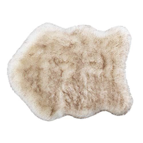 ASTRA Wohnzimmerteppich Creme – Kunstfell Teppich Bella – Dekofell Matte 60x80 cm – Bettvorleger flauschig – Sofa Matte Shape