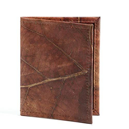 WOLA Reisepasshülle mit Kartenfächer   vegan Kunstleder (Blatt-Leder)   SELVA Reisepass-Tasche Ausweisetui braun