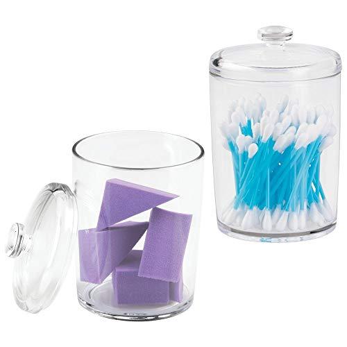 mDesign - Tarro organizador redondo de plástico para baño, para bastoncillos de algodón, redondas, bolas, esponjas de maquillaje, sales de baño, tamaño pequeño, 2 unidades, transparente