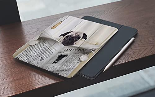 MEMETARO Custodia per iPad 9.7 2018 6a Generazione 2017 iPad 5a GenerazionePug Puppy Reading The Newspaper on The Toilet Immagine Divertente Pug Joke Print,– Smart Cover Stand Ultral Leggero Slim