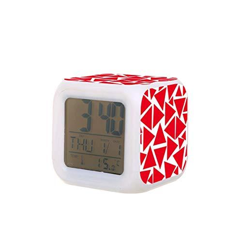 Moderno triángulo rojo y blanco LED Digital despertador calendario temperatura colorido noche luz dormitorio reloj escritorio funciona con pilas