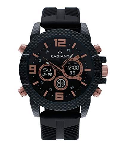 Reloj anadigit para Hombre de Radiant. Colección Owen. Reloj Negro con Correa de Silicona Negra y Esfera a Tono con Detalles en rosé. Bisel dentado. 5ATM. 47mm. Referencia RA535702.
