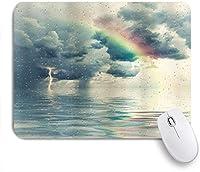 MISCERY マウスパッド 雨のロマンチックな水滴が曇り空にメランコリアの虹とサンダーボルトを表示 高級感 おしゃれ 防水 端ステッチ 耐久性が良い 滑らかな表面 滑り止めゴム底 24cmx20cm