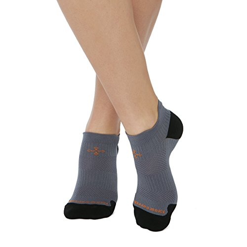 Tommie Copper Womens Athletic Light Weight Compression Ankle Socks, Slate Grey/Black, Size 7-9.5