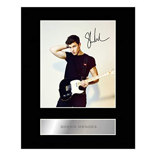 Shawn Mendes Signiertes Foto, mit Passepartout