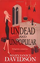 Undead And Unpopular: Number 5 in series by MaryJanice Davidson (3-Aug-2006) Paperback