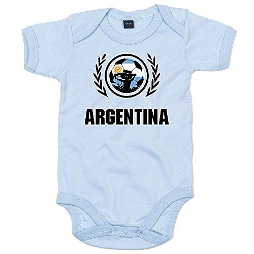 Shirt Happenz Argentinien Weltmeisterschaft 2018#2 Premium Babybody Fan Trikot Fußball Weltmeisterschaft Nationalmannschaft Kurzarmbody, Farbe:Babyblau (Dusty Blue BZ10);Größe:6-12 Monate