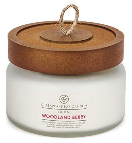 Chesapeake Bay Candle Scented Candle, Woodland Berry, Small Jar