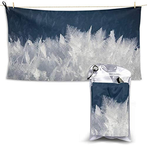 Toalla de playa de microfibra de secado rápido con cristales de hielo y nieve, ligera, súper absorbente con una bolsa de transporte para gimnasio, camping, piscina