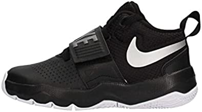 Nike Boy's Team Hustle D 8 (GS) Basketball Shoe, Black/Metallic Silver - White, 5.5Y Youth US Big Kid